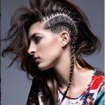 Новый тренд — пирсинг на волосах!