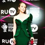 Поклонники высказались по поводу выхода в свет Валерия Меладзе и Альбины Джанабаевой