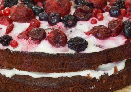 Диетический фруктово-ягодный пирог